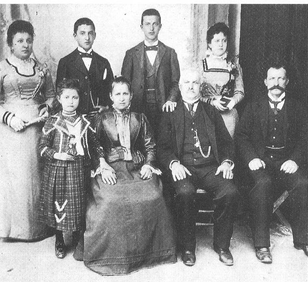 1920 - Perù - La famiglia Biondi (di Groppodalosio di Pontremoli - Massa Carrara)