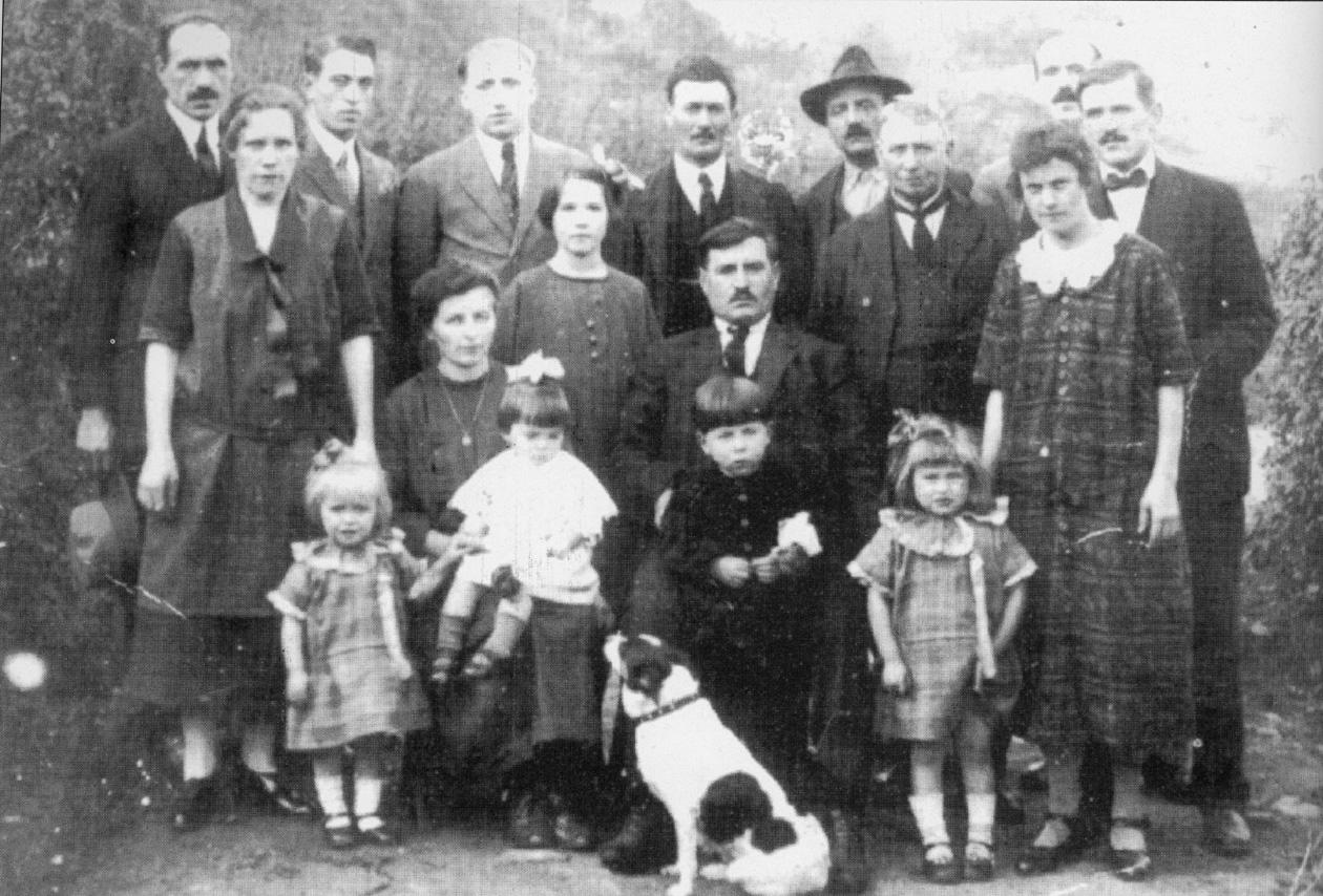 1930 - Quenast (Belgio) - La famiglia Barbi originaria dell'Emilia