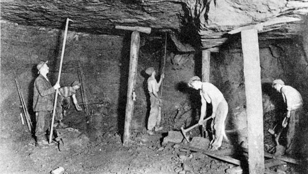 1900 - Villerupt (Francia)  - Lavoro in miniera