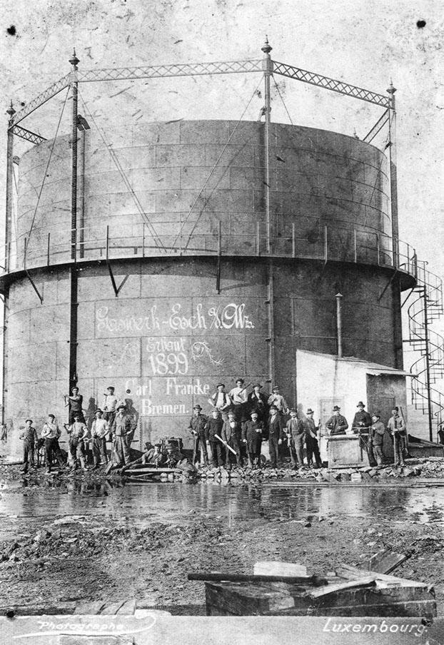 1915 - Esch-sur-Alzette (Lussemburgo) - Gruppo di emigranti umbri addetti alla officina del gas