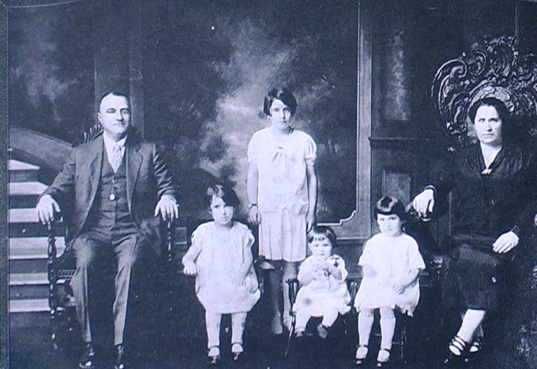 1927 - Trenton (New Jersey-USA) - La famiglia Morichetti di Norcia