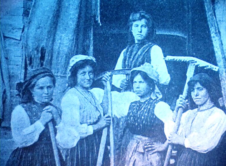1900 circa - Donne contadine del Trentino